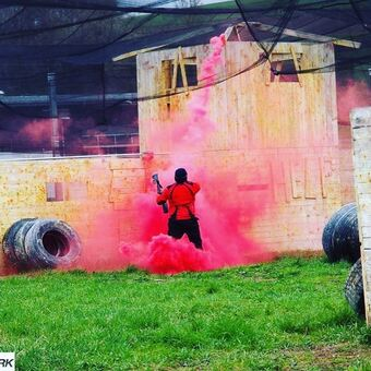 Ein Fünkchen Action im Kurort: 10 Jahre Paintball in Bad Kissingen